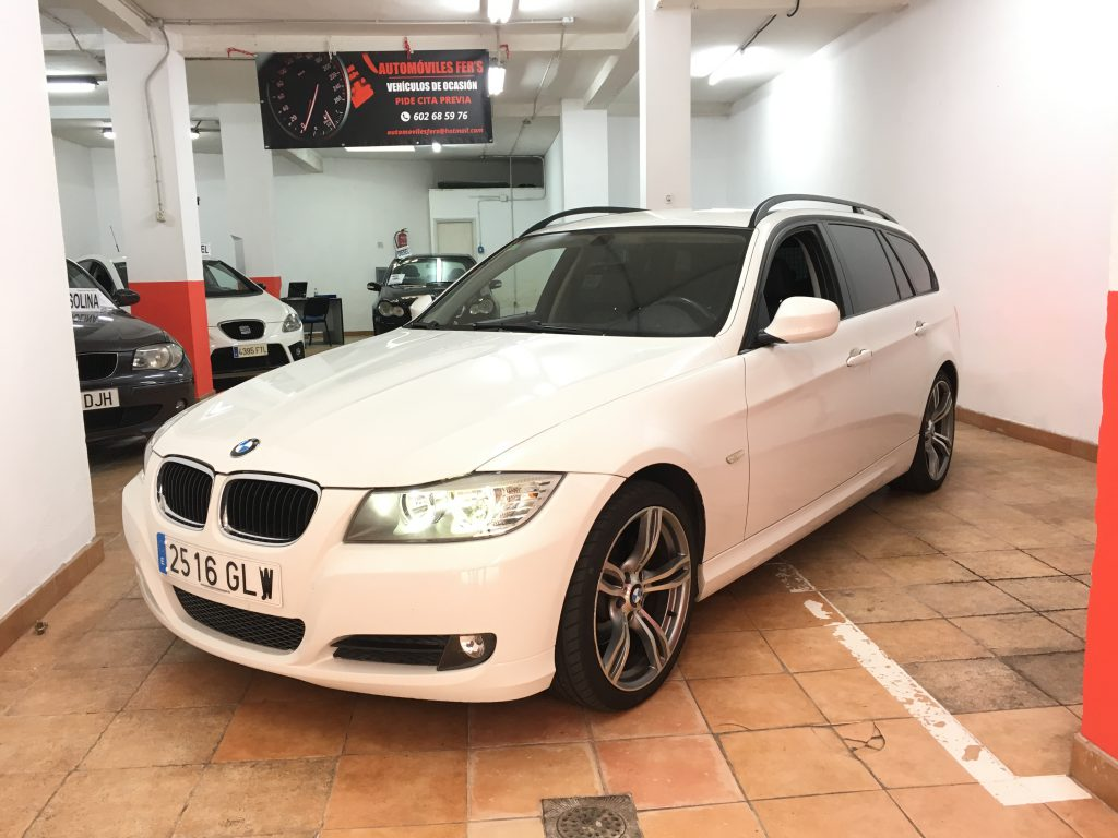 BMW 320i PACK M Touring